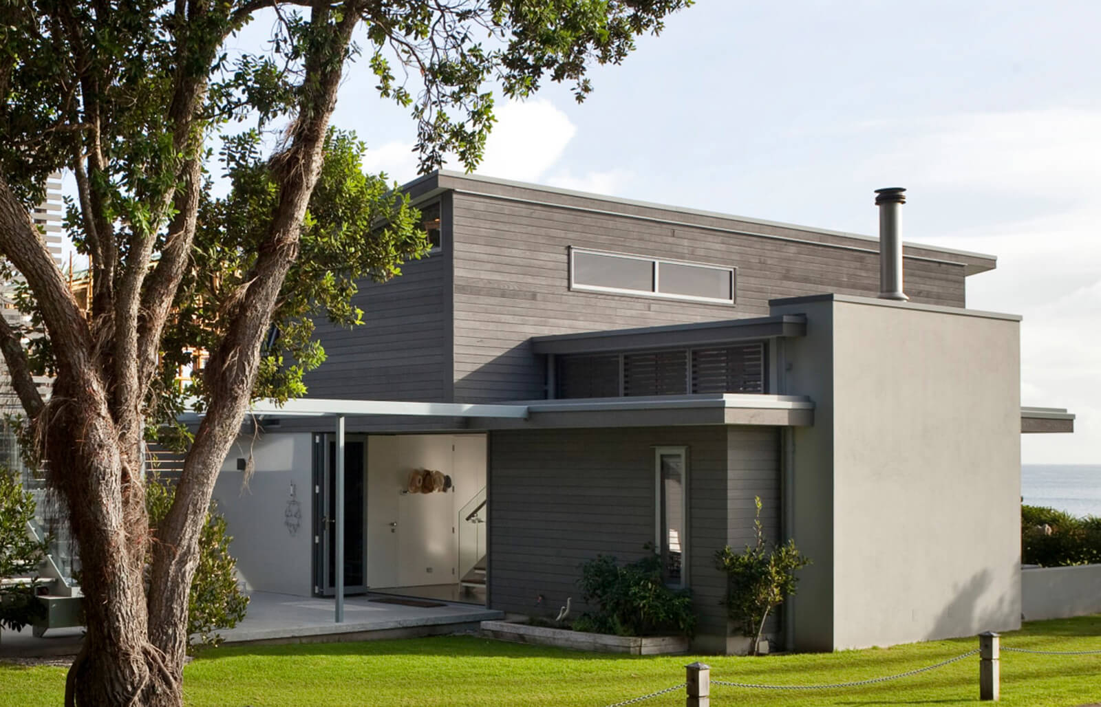HC Architects Onetangi Beach house