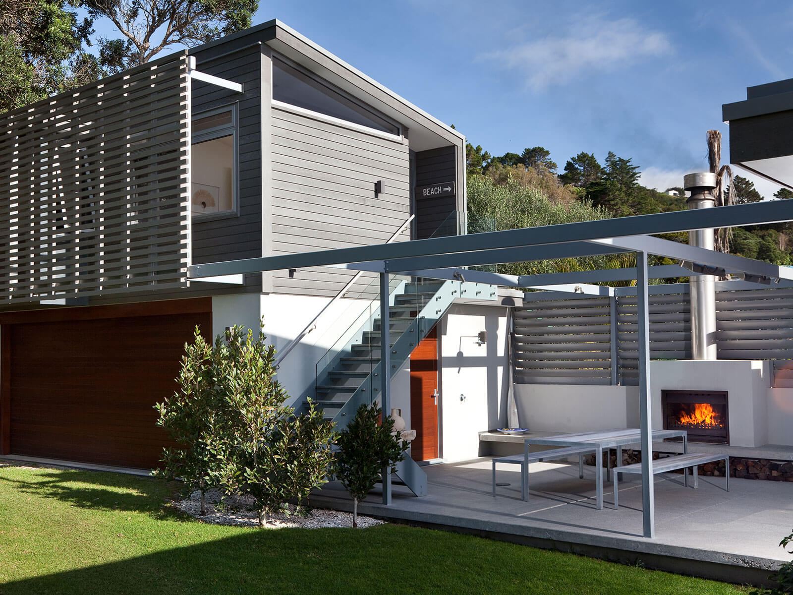 HC Architecture Onetangi Beach house